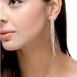 STUDDED LAYER EARRING