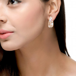 STATEMENT  SMALL EARRING
