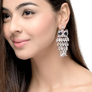OWL STATEMENT EARRING