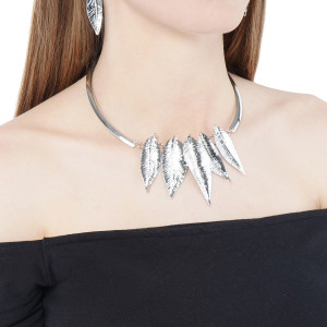 SILVER LEAF COLLAR NECKLACE